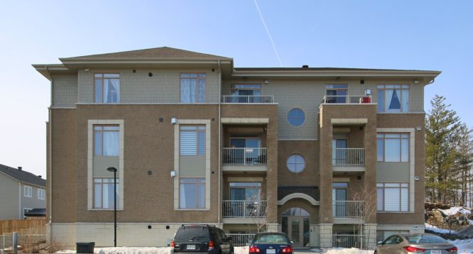 25 Earlton Private Unit 4